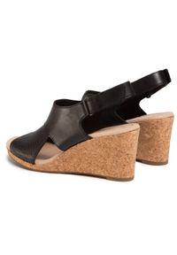 Czarne sandały Clarks casualowe, na co dzień