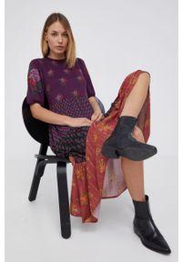 Desigual - Sukienka. Materiał: włókno, dzianina, tkanina. Typ sukienki: rozkloszowane