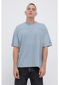 Champion - T-shirt bawełniany. Kolor: niebieski. Materiał: bawełna. Wzór: gładki, aplikacja