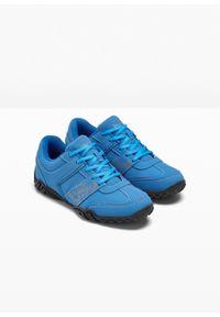 Niebieskie buty sportowe bonprix z cholewką