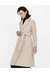 Armani Exchange - ARMANI EXCHANGE - Beżowy płaszcz z dwurzędowym zapięciem. Kolor: beżowy. Materiał: materiał, wełna