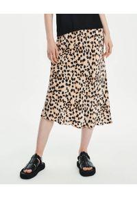 LOVLI SILK - Jedwabna midi spódnica w zwierzęcy wzór #NO.11. Kolor: brązowy. Materiał: jedwab. Wzór: motyw zwierzęcy