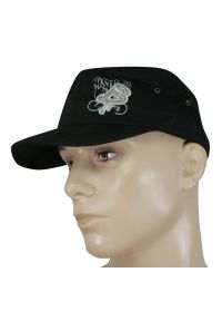 Czarna czapka Jarek sportowa, na lato, z aplikacjami