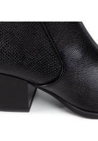 Czarne botki Lasocki z cholewką, na średnim obcasie