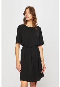 Czarna sukienka Jacqueline de Yong mini, na co dzień, casualowa, prosta