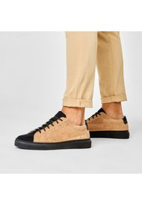 Brązowe sneakersy QUAZI z cholewką