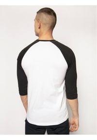 Vans Longsleeve Raglan Athletic VN000XXMYB21 Biały Slim Fit. Kolor: biały. Długość rękawa: długi rękaw