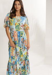 Renee - Niebieska Sukienka Vivialina. Kolor: niebieski. Wzór: nadruk, aplikacja, kolorowy. Typ sukienki: rozkloszowane. Styl: retro. Długość: maxi