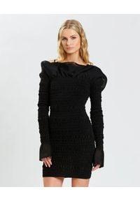 HERVE LEGER - Czarna sukienka z falbanami. Kolor: czarny. Długość rękawa: długi rękaw. Typ sukienki: dopasowane. Długość: mini