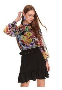 TOP SECRET - Szyfonowa bluzka w kolorowe kwiaty. Okazja: do pracy, na imprezę. Typ kołnierza: kołnierzyk stójkowy. Materiał: szyfon. Długość rękawa: długi rękaw. Długość: długie. Wzór: kwiaty, kolorowy. Sezon: jesień