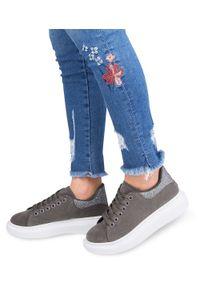 Szare buty sportowe N/M w kolorowe wzory, trekkingowe