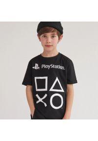 Reserved - Bawełniany t-shirt Play Station - Czarny. Kolor: czarny. Materiał: bawełna