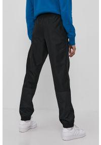 Czarne spodnie dresowe Champion gładkie