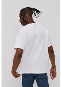 Levi's® - Levi's - T-shirt. Okazja: na co dzień, na spotkanie biznesowe. Kolor: biały. Wzór: nadruk. Styl: biznesowy, casual