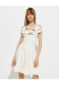Biała sukienka mini Alexander McQueen na ramiączkach