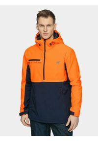 4f - Softshell snowboardowy męski. Typ kołnierza: kaptur. Kolor: niebieski. Materiał: softshell. Sezon: zima. Sport: snowboard