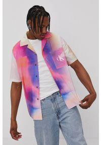 Calvin Klein Jeans - Koszula. Okazja: na co dzień. Materiał: tkanina. Długość rękawa: krótki rękaw. Długość: krótkie. Wzór: gładki. Styl: casual