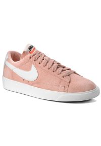 Różowe półbuty Nike na co dzień, z cholewką, casualowe