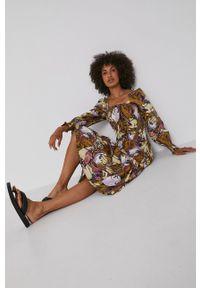 Y.A.S - Sukienka. Okazja: na co dzień. Kolor: brązowy. Materiał: tkanina. Długość rękawa: długi rękaw. Typ sukienki: proste. Styl: casual
