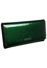 Portfel damski zielony Badura B-43878P-SH. Kolor: zielony. Materiał: skóra