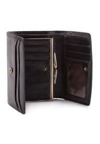 Czarny portfel Wittchen w kolorowe wzory
