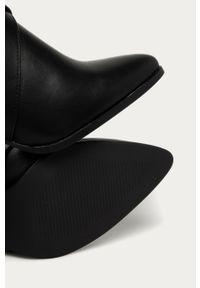 Czarne botki Answear Lab z cholewką, na średnim obcasie, wakacyjne, na obcasie