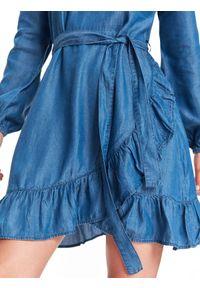 Niebieska sukienka TOP SECRET na co dzień, w kropki, casualowa
