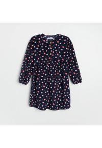 Reserved - Sukienka w kwiaty - Granatowy. Kolor: niebieski. Wzór: kwiaty #1