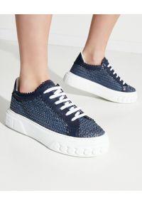 Niebieskie sneakersy Casadei na co dzień