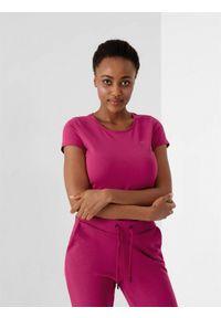 4f - T-shirt basic regular gładki damski. Kolor: różowy. Materiał: dzianina, bawełna. Wzór: gładki