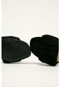Czarne klapki Answear Lab bez obcasa, gładkie