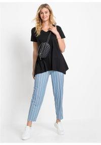 T-shirt z dłuższymi bokami bonprix czarny. Kolor: czarny. Materiał: koronka. Długość: długie. Wzór: koronka