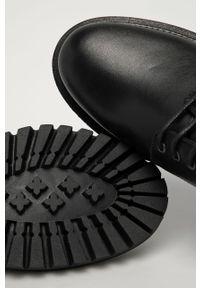 Czarne półbuty TOMMY HILFIGER casualowe, z cholewką, z okrągłym noskiem, na sznurówki