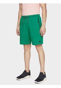 4f - Spodenki dresowe męskie. Kolor: zielony. Materiał: dresówka