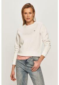 Biała bluza Tommy Jeans długa, casualowa, bez kaptura