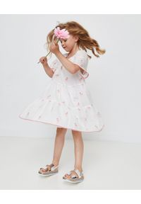 ZIMMERMANN KIDS - Biała sukienka z flamingami Bells Sleeve 4-10 lat. Kolor: biały. Materiał: materiał. Wzór: haft. Sezon: lato