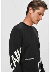 Czarna bluza nierozpinana Calvin Klein Jeans casualowa, z nadrukiem, na co dzień, z okrągłym kołnierzem