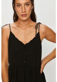 Czarna sukienka ANSWEAR rozkloszowana, na ramiączkach, wakacyjna, mini