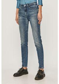 Niebieskie jeansy TOMMY HILFIGER z podwyższonym stanem