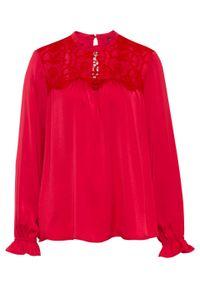 Czerwona bluzka bonprix ze stójką, w koronkowe wzory