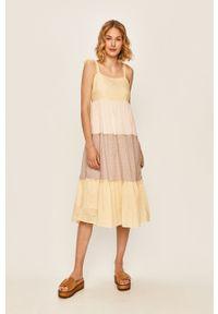 Vero Moda - Sukienka. Kolor: biały. Typ sukienki: rozkloszowane