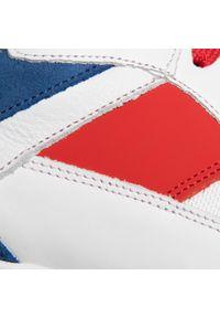 Białe sneakersy GOE z cholewką