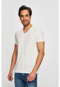 Biały t-shirt Tommy Jeans casualowy, na co dzień, z okrągłym kołnierzem