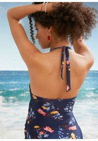 Kostium kąpielowy ciążowy bonprix ciemnoniebieski w kwiaty. Kolekcja: moda ciążowa. Kolor: niebieski. Wzór: kwiaty
