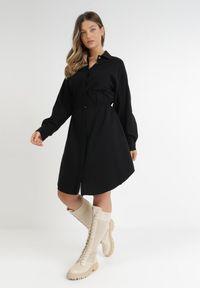 Born2be - Czarna Sukienka Agope. Kolekcja: plus size. Kolor: czarny. Materiał: tkanina, wiskoza. Długość rękawa: długi rękaw. Typ sukienki: koszulowe, dla puszystych. Długość: midi