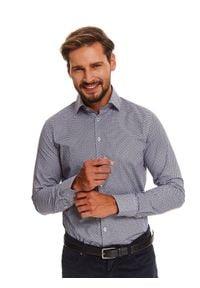 TOP SECRET - Koszula elegancka we wzór o dopasowanym kroju. Kolor: biały. Materiał: materiał. Długość rękawa: długi rękaw. Długość: długie. Sezon: zima. Styl: elegancki