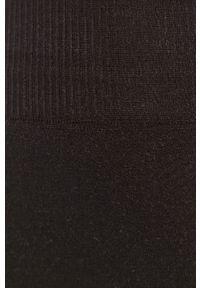 Pieces - Szorty. Kolor: czarny. Materiał: dzianina, poliamid, materiał