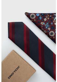 Jack & Jones - Krawat i poszetka. Kolor: czerwony. Materiał: materiał