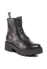 Czarne buty trekkingowe Tamaris