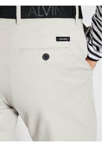 Calvin Klein Szorty materiałowe Garment Dye Belted K10K107164 Szary Slim Fit. Kolor: szary. Materiał: materiał